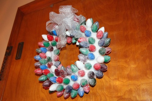 Meg7 Christmas Light Wreath